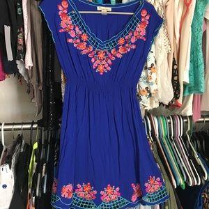 Dresses & Skirts - Beautiful royal blue midi